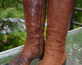 "Gorgeous, nicely patinated, highly crafted vintage pair of ""2 Too Boot""Size 8 1/2, buttery soft, made in Italy"