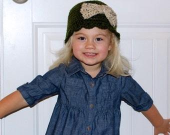 Girls Bow Beanie, Girls Beanie, Bow Beanie, Scallop Hat, Girls Hat, Crochet Hat