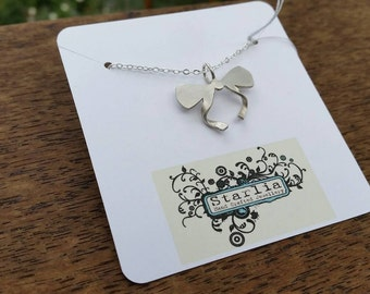Sterling Silver bow pendant and chain