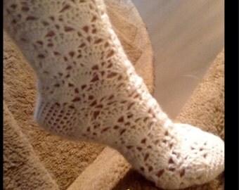 Crochet Sock pattern No A120, for women's shoe size 7 or 8, LisettesCleverCrafts