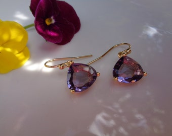 Gold Earrings, Crystal in violet, goldfilled 585