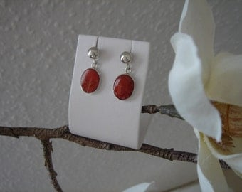 Earrings with coral in 925 Silver, very elegant!