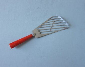 BAKELITE Spatula | Red handle | Made in the USA