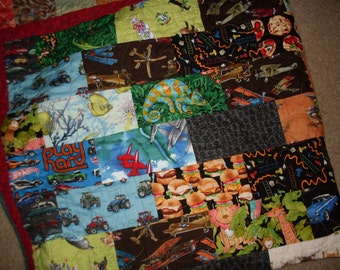 "Childrens Quilt 50"" x 72"""