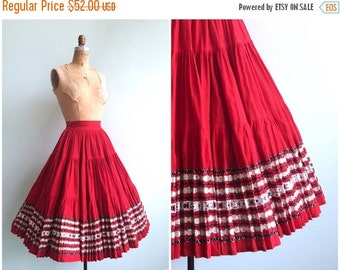 SUMMER SALE // Vintage 1950's Red and Silver Patio Skirt | Size Small
