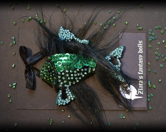 Green fish Brooch beads sequins jewelry