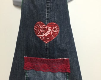 Kid's craft apron.  Repurposed blue jeans made into this cute and functional craft apron.