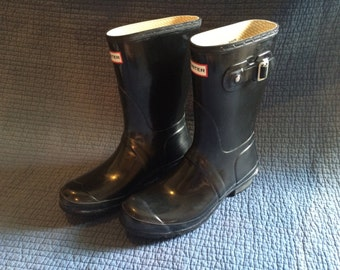 Authentic Hunter Original Gloss Short Rain Boots