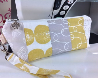 Scrappy Wristlet, Zippered Bag, Cosmetic Case, Pencil Pouch, FREE Charm Zipper Pull, Florals, Fully Lined, Back to School