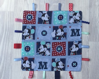 Tag Comfort Baby Blanket with Micky Mouse