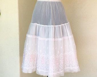 50s white bridal embroidered crinoline tulle net nylon petticoat wedding floral pink detailing pretty stiff vintage
