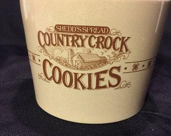 Vintage Shedds Spread Country Crock  Pottery Cookie Jar & Lid