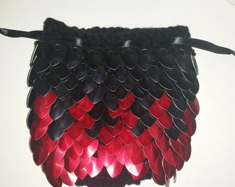 Scale Maille Pouch