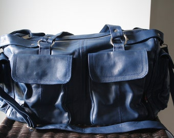 Diaper Bag,large leather bag. Extra large, genuine leather bag. Loads of space and pockets.Perfect for mothers or overnight travel,nappy bag