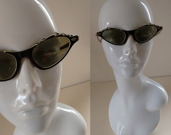 Retro Vintage 1950's 60's Black Cream Cat Eye Sunglasses