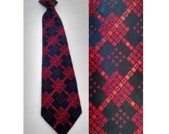 Vintage 60's 70's Black and Red Pattern Men's Clip on Necktie made by Snapper