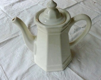Pfaltzgraff Heritage Coffee Pot