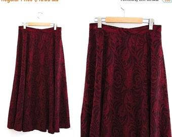 ON SALE Vintage skirt. Red + Black. Long skirt. High waist skirt.