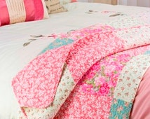 Gorgeous Windsor Style Floral Quilt Patchwork Vintage Bedspread For University - Mint