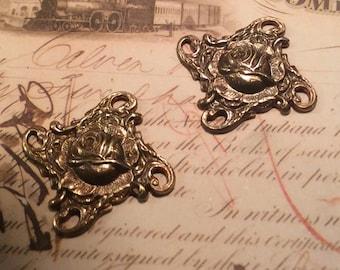 Antique brass Rose floral 4 loop connectors 4 pc