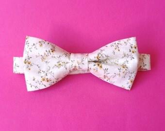 Delicate floral bow tie