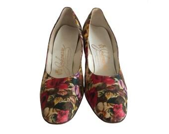 Vintage Pumps - Womens Size 8.5 - 1960s Shoes Johansen Floral Pumps - Vibrant Spring Floral High Heels