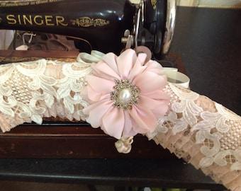 Romantic, Lace Hanger