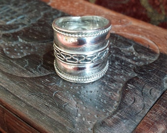 Sterling silver vintage wide band ring