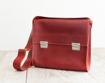 red Laptop bag of Haeute, finest handwork made in Germany, Size L