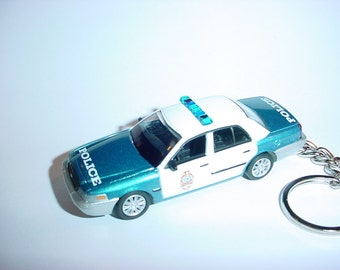 3D Ford Crown Victoria custom keychain by Brian Thornton keyring key chain opening hood design Blue/White replica