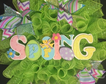 Spring Green Mesh Wreath