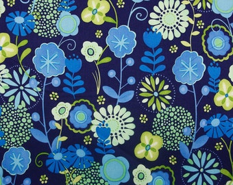 Blue Floral Quilting Daisey Fabric