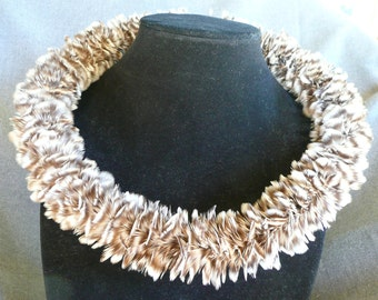Hawaiian Feather Lei Wilipoepoe, Lei Hulu Grizzly Hen Whiting Hen Feathers