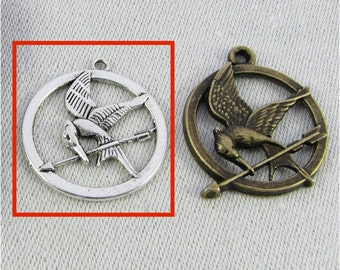 Set of (8) Silver Hunger Games, Mockingjay Pendant, 8 per package SFF062