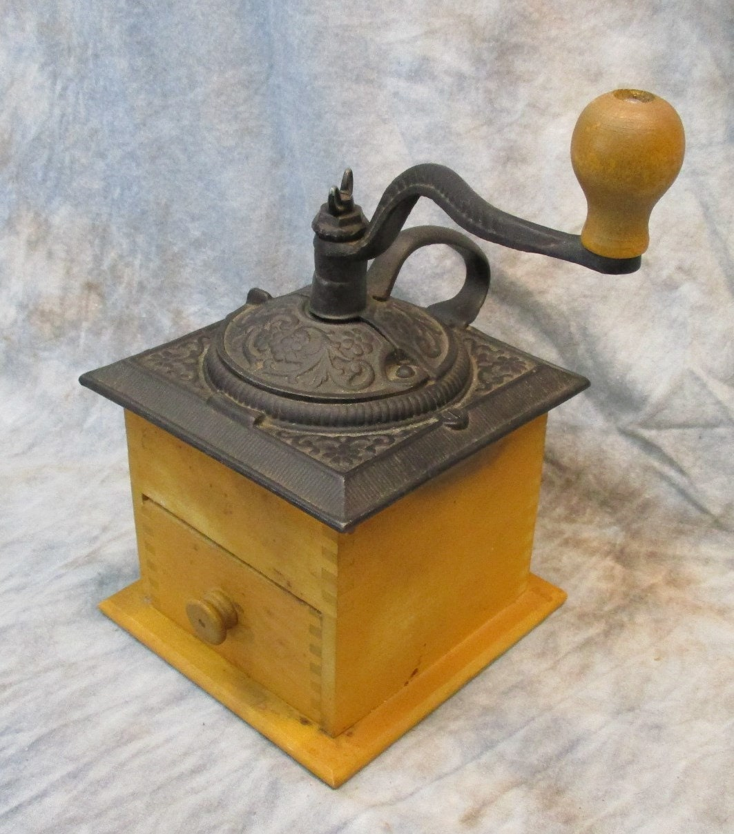 Hand Crank Coffee Grinder ~ Small hand crank coffee bean grinder cast iron wood burr mill