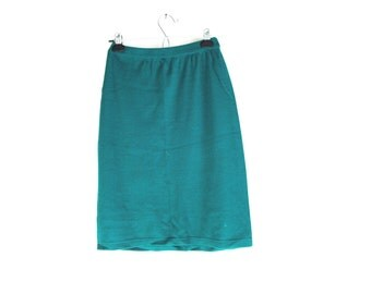 70s Pencil Skirt, 70s Knitwear, Vintage Wool Sweater Skirt, Kelly Green, Midi Skirt, Sportswear, 1970s 70s, High Waisted, Stretchy Skirt