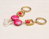 Gold Boho Chic Earrings - Red Statement Earring - Christmas Earrings for Women - Gold Dangle Earrings for Her- Autumn Earring - Red and Gold