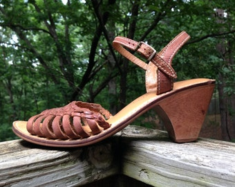 Vintage 1970's 80's Leather Sandals / Ankle Strap / Brown / Size 7M