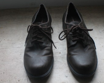 the heeled oxfords