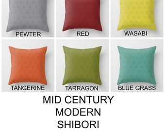 Patio pillows Outdoor pillow MCM pillows Tarragon Wasabi Pewter modern colours Mix and match Yellow Green Garden cushions Pool side