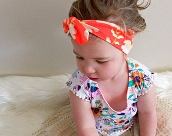 SALE 40% off + Free shipping in Aust. | Baby headband Toddler Floral topknot. Flower pattern girls headband. Handmade topknot