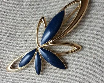 Vintage Trifari Modern-Stylized Flower Brooch with Navy Petals