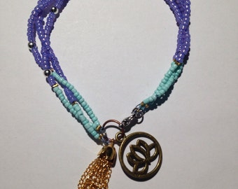 Two bracelets turquoise and purple
