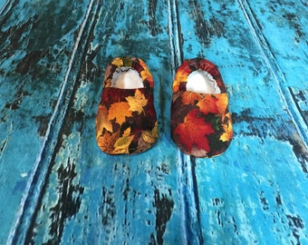 Baby Crib Shoes, fall leaves  0-3 months
