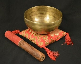 """Singing Bowl Traditional Hand Beaten from Nepal with Beater 12cm / 5"""" Diameter"""