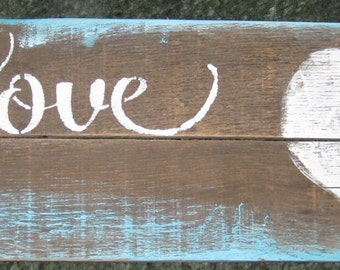 Love.....Pallet wood used/wall decor/ mother/ wall hanging/ Mothers Day/valentine's day