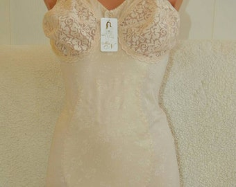 Bridal wedding corset lingerie, plus size corset, vintage lingerie, Body shaper, Plus size lingerie, honeymoon lingerie, handmade lingerie