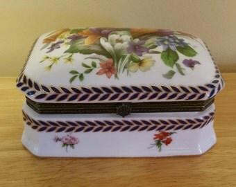 Vintage Imperial Porcelain Hinged Trinket Box