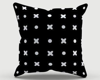 Throw Pillow - Decorative Pillow - Black and white pattern Pillow - Decorative cushion  - Modern Pillow