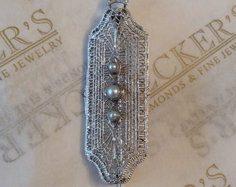 Antique Art Deco 14k white gold Filigree Pin & Pendant 3 Cultured Pearls with Hinged Fold Down Bale